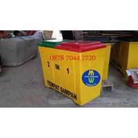 Distributor Tempat Sampah Tong Sampah Fiberglass 3