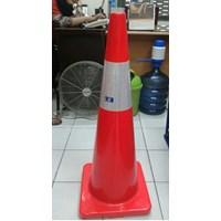 Traffic Cone Base Orange tinggi 90cm