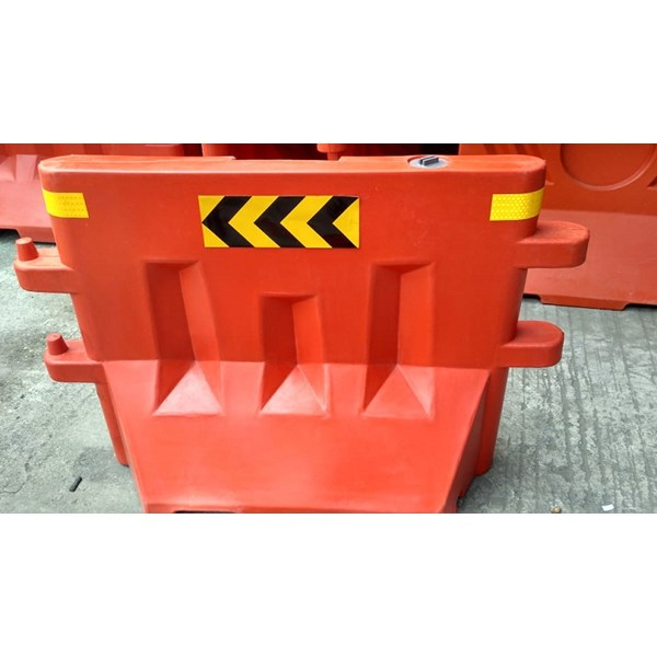 Road Barrier RB-02