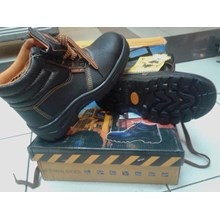 Safety Shoes Forklift Ss06