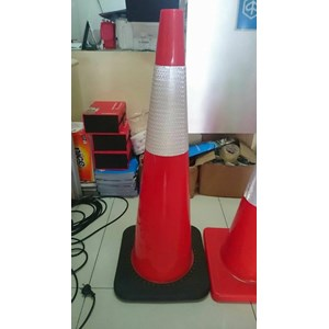Dari Traffic cone Pvc kerucut jalan 90 cm base hitam murah berkualitas HUB atau WA 081280588834 2