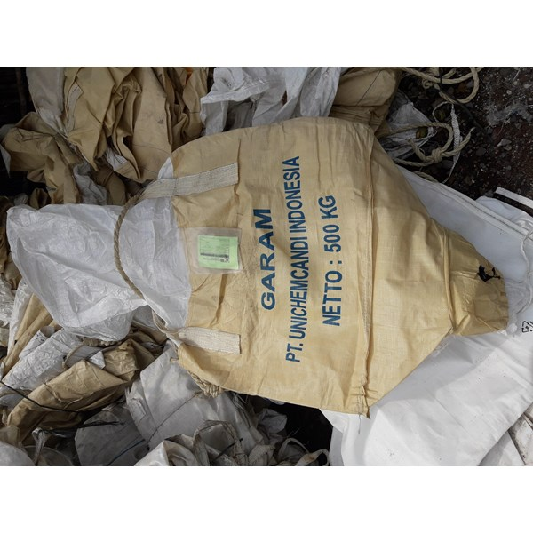 Jumbo bag 500 kg bekas garam kondisi bersih atas bawah corong uk 90 x 80