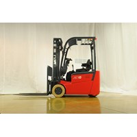 Distributor Forklift Battery CPD20S 3 Wheel 2 Ton 3