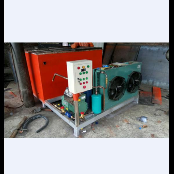 Mesin Es Balok MEB 050 kapasitas 500 Kg / 24 Jam