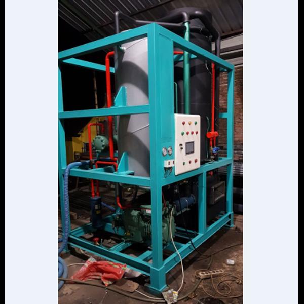 Mesin Es Kristal / Tube MET 200 Kapasitas  20 Ton / 24 Jam