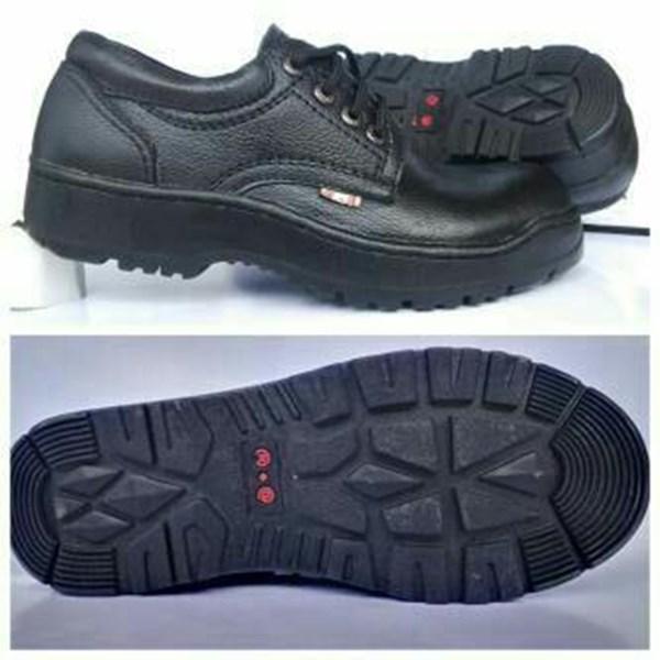 Sepatu Safety R.A