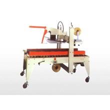 Carton Sealer XT-558F Semi Automatic Flaps Folding And Side Belts Driven Sealer