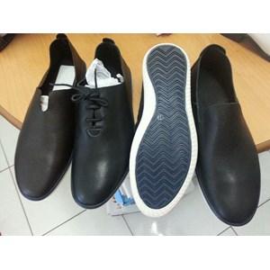 Sepatu Santos type 6