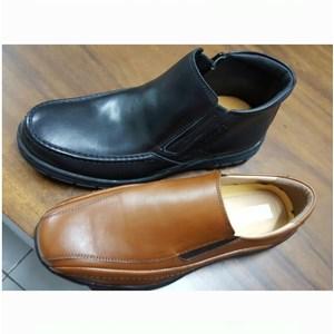 Sepatu Casual Santos Type 7