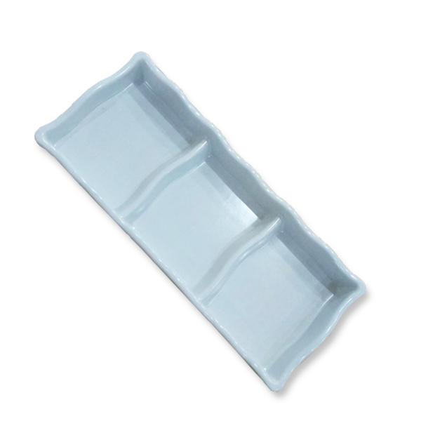 Piring Bumbu Saus Japan (Sekat 3) 18cm Putih – Glori Melamine 903