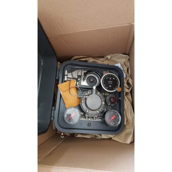 Fisher Tipe 2500 Pneumatic Controller