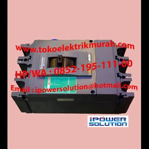 Breaker Merek SCHNEIDER Tipe EZC400N