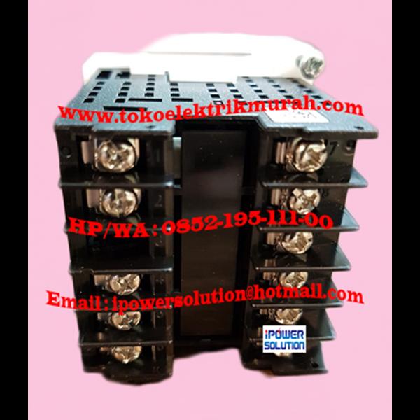 Digital Temperature Control OMRON E5CC-RX2ASM-800