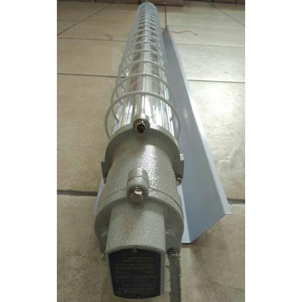 Lampu TL HELON BAY51-Series Explosion Proof Fluorescent Lamp ( T5 Tube ) ( II B DIP )