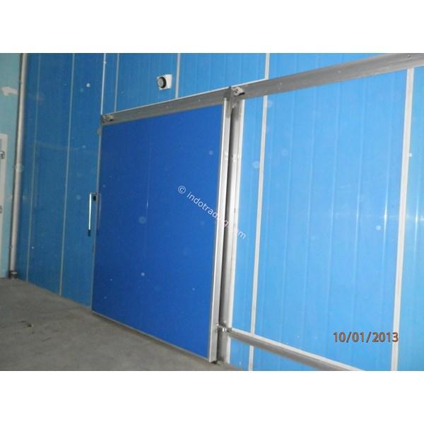 Pintu Geser Untuk Sandwitch Panel