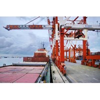 Jasa PBM di Tanjung Perak By Khatulistiwa Mandiri Logistik