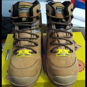 Sepatu Safety Jogger