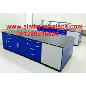 Meja Laboratorium Ruangan Tengah polos meja granite
