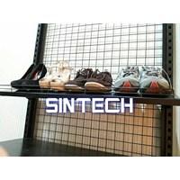 Supermarket Shelves Display Shoes