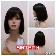 Manekin kepala wanita