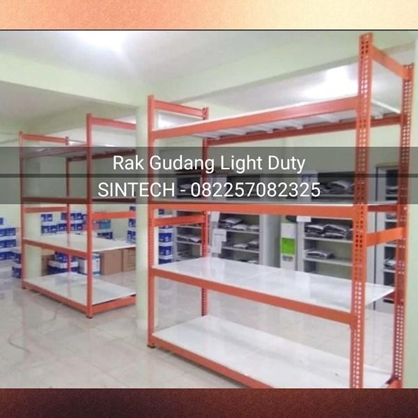 Pemasangan Rak Gudang Light Duty