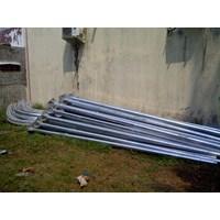 Distributor Oktagonal 8 Meter Single Ornament Parabola Tiang lampu jalan PJU  3