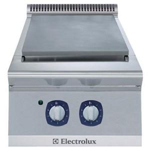 Electrolux 700XP hob Cooking