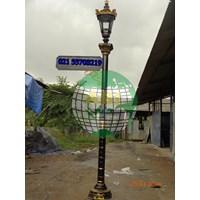 Model Tiang Lampu Taman Klasik 1