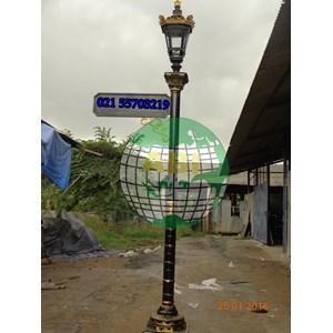 Model Tiang Lampu Taman Klasik