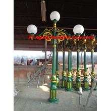Jual Tiang Lampu Antik Model 3