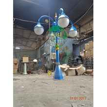 Tiang Lampu Antik Model 4