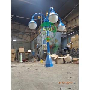 Tiang Lampu Antik Model 4