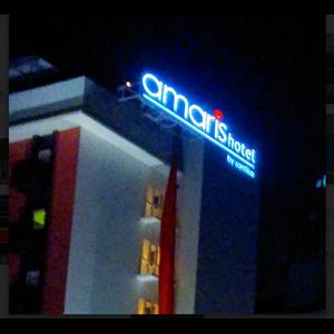 Papan Nama Amaris Hotel By Pro & Coo