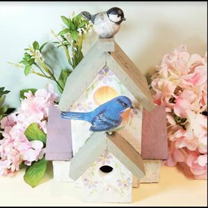 Bird's House Hamper