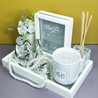 Hampers White Wedding