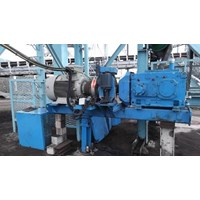 Conveyor Drives ~ Solid shaft with rigid flange coupling and torque arm