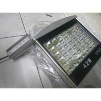 Lampu Jalan PJU LED Hinolux -42 Watt 1