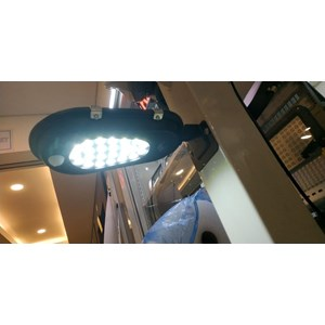 Lampu Jalan PJU LED Fatro All In One -8W