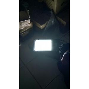 Lampu jalan PJU Fulllux SMD -80W AC.