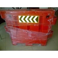 Distributor Keamanan Jalan kendaraan 3