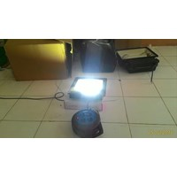 Lampu sorot LED / Flood Light Fulllux -50W 1