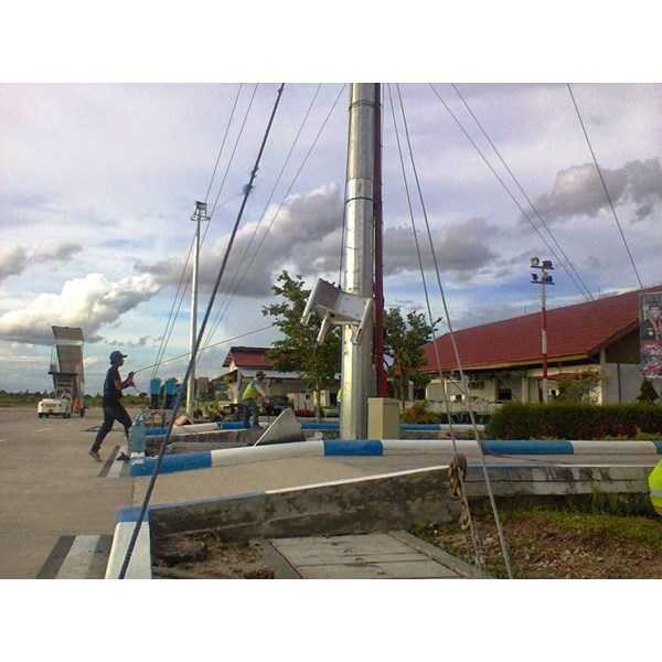 Tiang Lampu Sorot High Mast -20M Manual Triangle