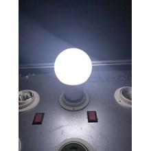 Lampu LED Bohlam -6W Cahaya Putih