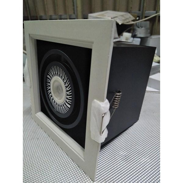 Lampu Downlight LED Kotak -3W Cahaya Warm White