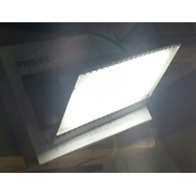 Lampu Sorot LED / Flood Light Philips -100W