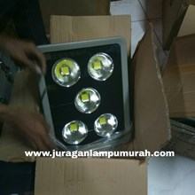 Lampu Sorot LED / Flood Light Hinolux Kap F-250W