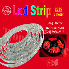 Lampu LED Strip 2835 warna merah