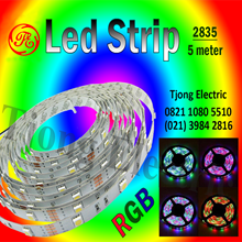 Lampu LED Strip 2835 warna RGB