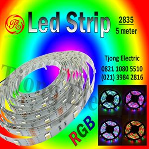 Lampu LED Strip 2835 warna RGB