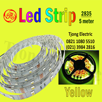 Lampu LED Strip 2835 warna kuning 1
